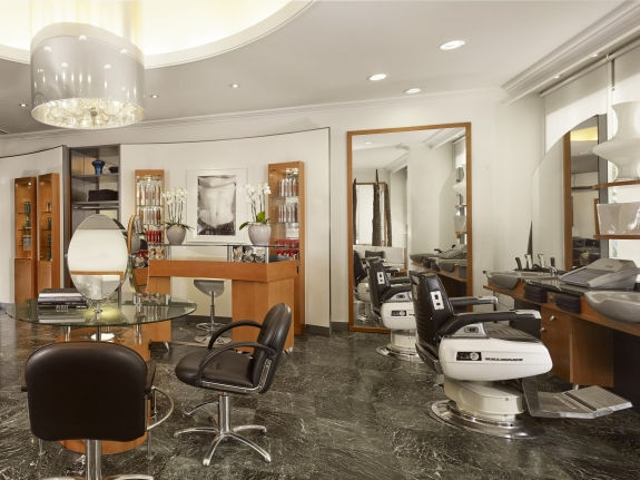 Hair dresser salon bestdressers 2017 for A le salon duluth mn